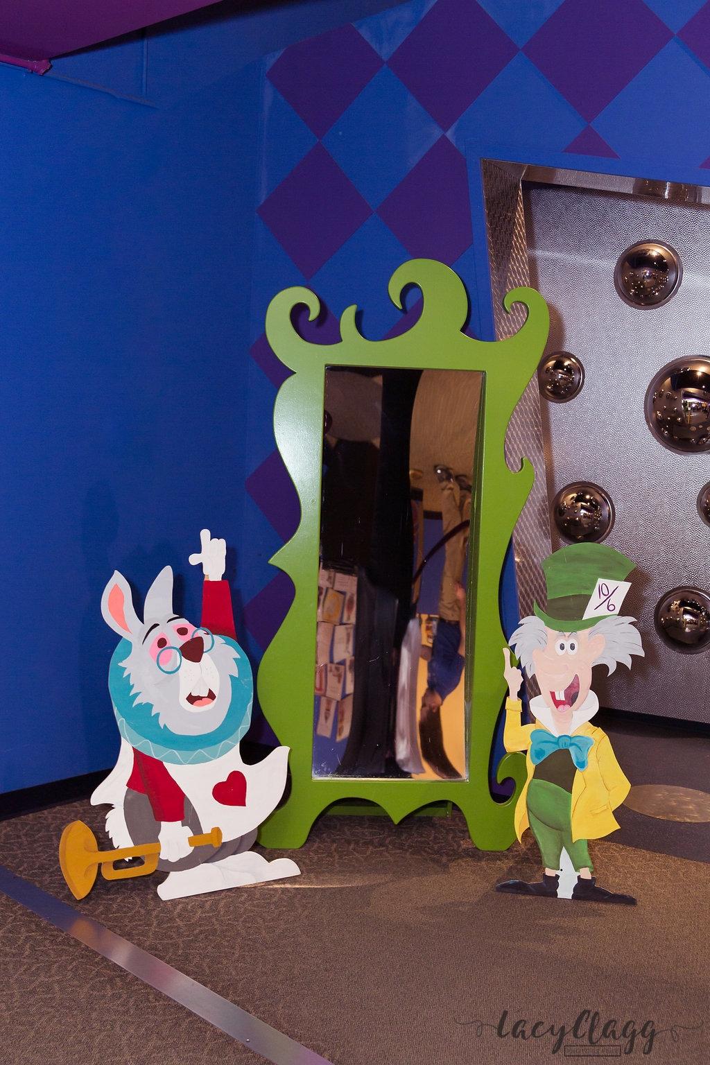 Rabbit & Hatter